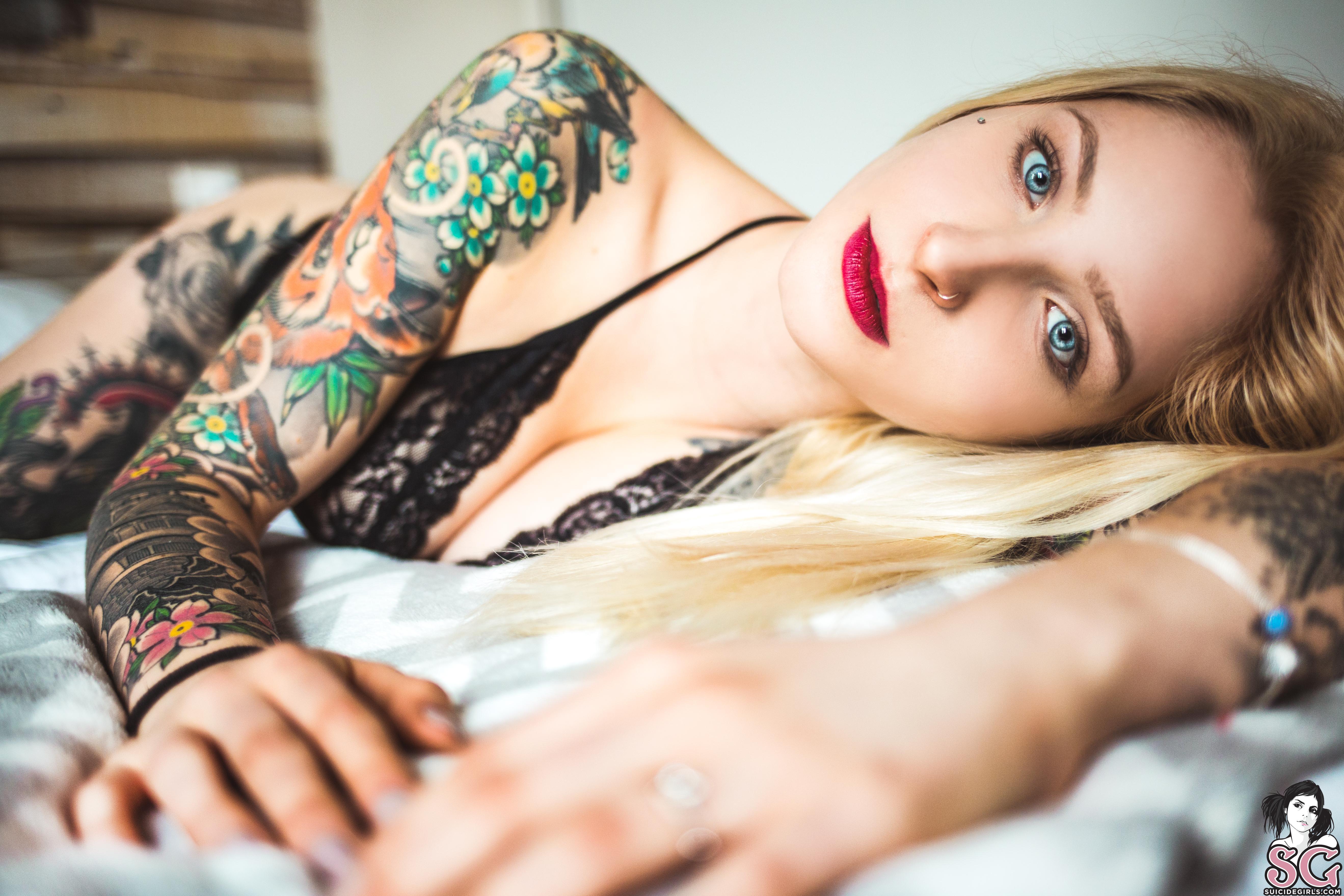 Suicidegirls Blackswan  Siterip  Imageset 5200px  Multimirror