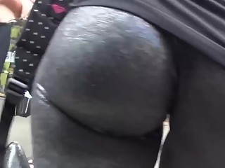 YourVoyeurVideos  Jiggling ass in black leggings SiteripCLIP Amateur XXX