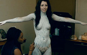 MrSkin Briella Howard's Painted Breasts in Darkness Reigns  WEB-DL Videoclip