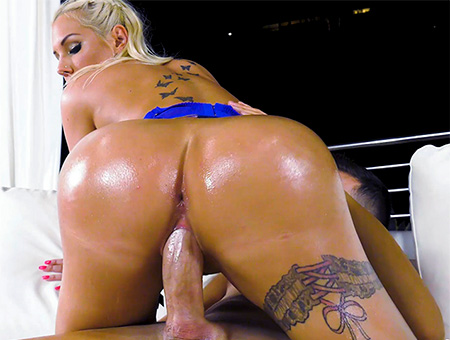 Ass Parade Kyra's Amazing Big Ass And Tits Bangbros Network Mar 18, 2019 Video wmv 1080p WEB-DL Multimirror