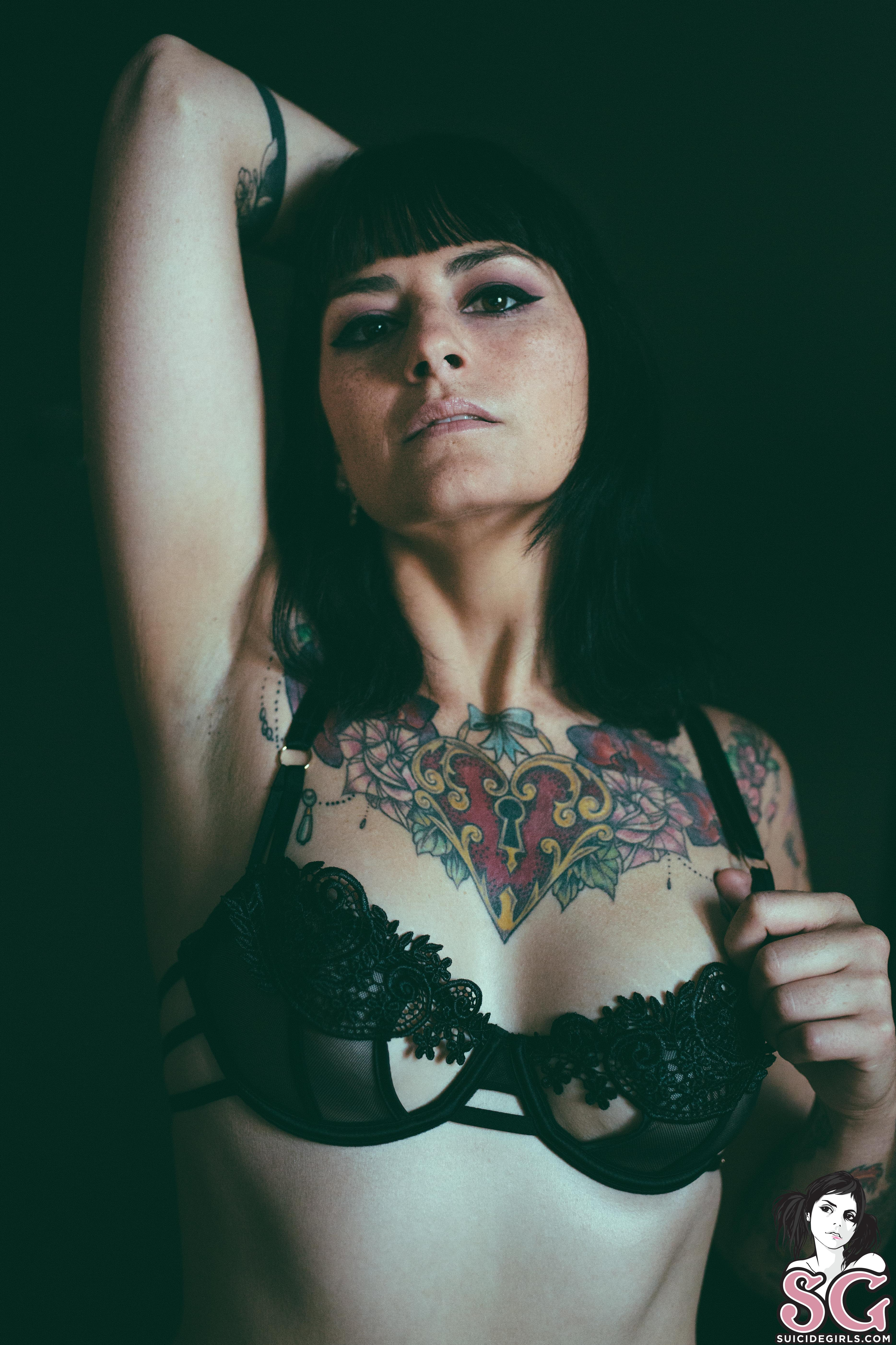 Suicidegirls Only if For A Night  Siterip  Imageset 5200px  Multimirror