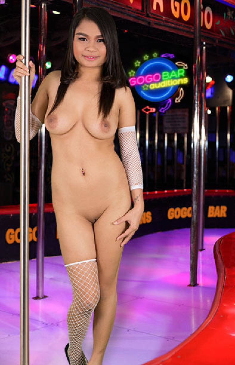 Gogobarauditions Has no idea why but does what's asked anyway  Siterip mp4 Movie Clip AsianXXX