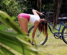 Stranded Teens Lexi Aaane – Rescue Wood  [MOFOS NETWORK SITERIP 1080p mp4]