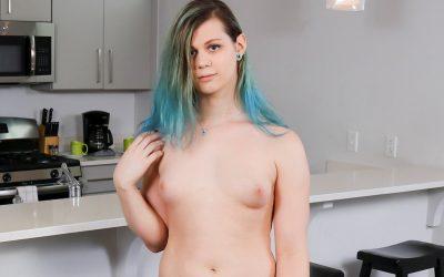 Groobygirls Taylor Jennings Returns!  Tranny XXX Siterip