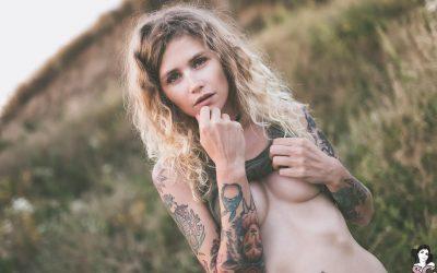 Suicidegirls Dirty Field  Siterip  Imageset 5200px  Multimirror