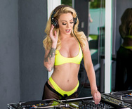 Brazzers Exxtra Praise The DJ – Isabelle Deltore – 1 August 28, 2019 Brazzers Siterip 2019 WEB-DL mp4 SPINXSHARE