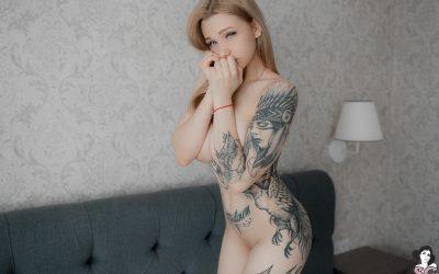 Suicidegirls Young Love  Siterip  Imageset 5200px  Multimirror
