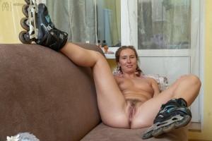 AbbyWinters Nude girl: Nataly (Stills)  XXX.Siterip Image/Video 1080p x.265