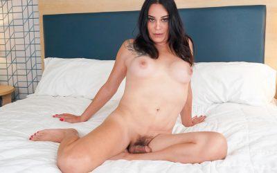 TGirl40 Kristen Rocks Her Cock!  Shemale XXX WEB-DL Groobynetwork