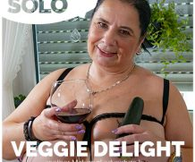 MATURE.NL update   13422 mature solo veggie delight  [SITERIP VIDEO 2019 hd wmv 1920×1200]