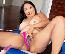 60PLUSMilfs Mandy and The Fuck Machine – Mandy Thai  Siterip Granny  WEB-DL h.264 Scoreland