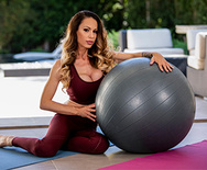 Brazzers Exxtra Balls To Her Wall – McKenzie Lee – 1 December 15, 2019 Brazzers Siterip 2019 WEB-DL mp4 SPINXSHARE