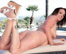 40somethingMag A day at the pool with Raelynn Raines – Raelynn Raines  WEB-DL wmv  XXX.RIP by Score