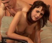MANYVIDS AmateurGirlsFucked in Sarah Jane. She is 19 in this video  Video Clip WEB-DL 720p mp4