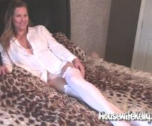 HousewifeKelly Quarantine Housewife Kelly  SITERIP XXX  Vid + Images