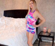 HousewifeKelly Tie Dye Teaser  SITERIP XXX  Vid + Images