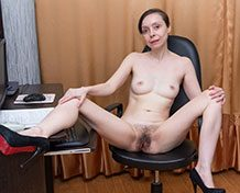 WeareHairy Trixie Trixie has fun getting naked in her office WEB-DL 720p Hairy/Unshaved/Natural