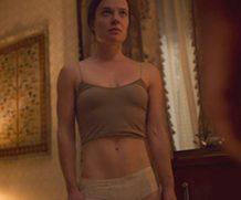 MrSkin Katie McGuinness' Super Fit Frame in Snowpiercer  WEB-DL Videoclip