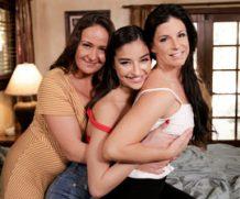 Mommysgirl India Summer in Mom Daughter Squirt Sandwich  Siterip 1080p h.264 Video FameNetwork