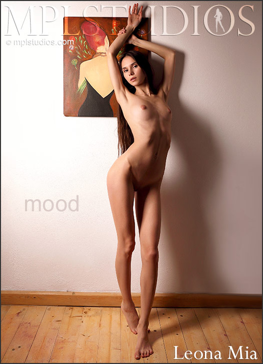 MPLSTUDIOS Leona Mia Mood  Picset Siterip Siterip RIP