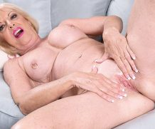 60PLUSMilfs Easy access to granny's pussy – Scarlet Andrews  Siterip Granny  WEB-DL h.264 Scoreland