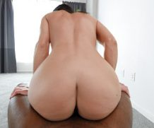 Castingcouch HD MILF Goes For It  SITERIP mp4 Video