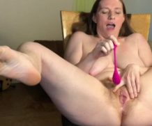 Modelhub bunnieandthedude Ginger Milf Soaks Chair in Squirt and Breast Milk  WEB-DL 1080p 4k Siterip Clip