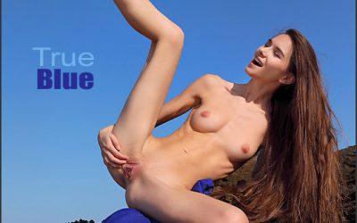 MPLSTUDIOS Leona Mia True Blue  Picset Siterip