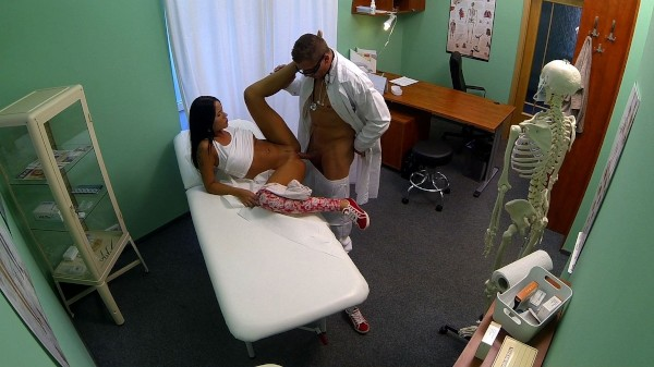 Fake Hospital Young babe with bad back has no trouble bending over ft Mia* - FakeHub.com  [HD VIDEO 720p Siterip mp4 Siterip RIP