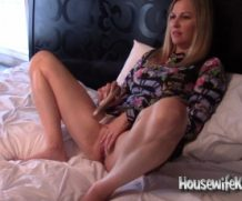 HousewifeKelly Caught Masturbating and Fucked!  SITERIP XXX  Vid + Images