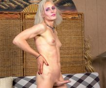 TGirl40 Get Naughty With Tsarina Eve!  Shemale XXX WEB-DL Groobynetwork