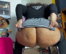 MANYVIDS RiceBunny in Thicc Roommate JOI  Video Clip WEB-DL 1080 mp4
