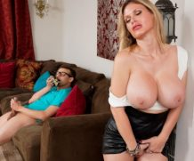 RKPRIME Peeping On The Panty Sniffer Johnny The Kid Porn Video – Reality Kings  [HD VIDEO 720p Siterip mp4
