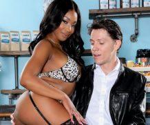 Famedigital Ebony Anal Queens #02 – Lala Ivey & Rion King  Siterip Video 1080p wmv