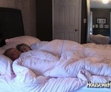 HousewifeKelly Wham Bam Bedroom Cam!  SITERIP XXX  Vid + Images