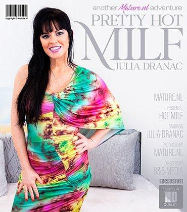 MATURE.NL Pretty hot MILF Julia Dranac gets naughty  [SITERIP VIDEO 2020 hd wmv 1920x1200] Siterip RIP