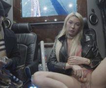 Transsexualangel Aubrey Kate in Bonus-Snow Flashing  Siterip 1080p h.264 Video FameNetwork