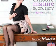MATURE.NL Classic mature secretary Mouse showing off her high heels and panties  [SITERIP VIDEO 2020 hd wmv 1920×1200]